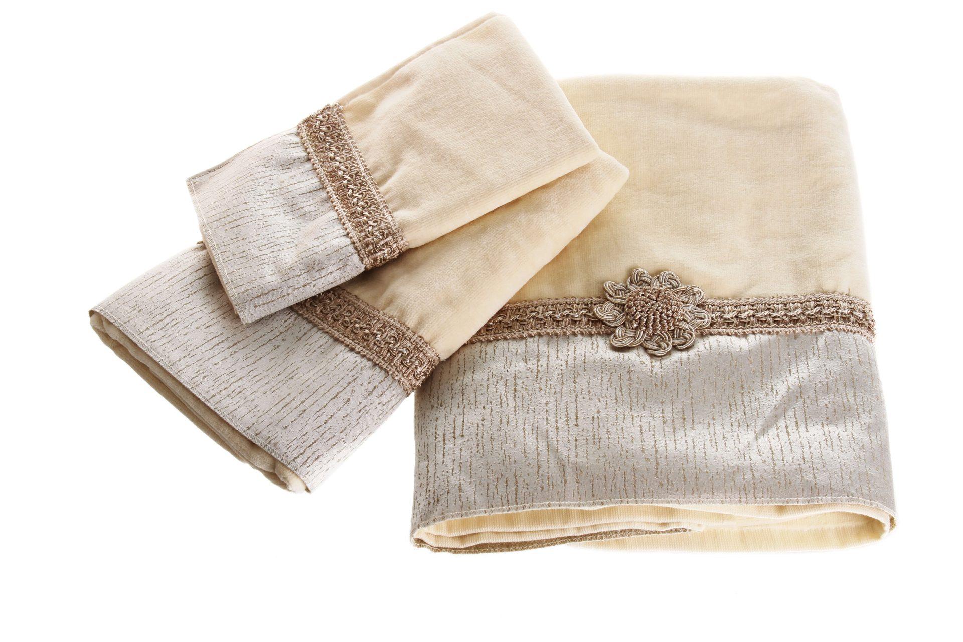 מגבת שיק שמנת