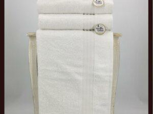 מגבת חלקה לבנה