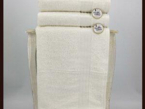 מגבת חלקה שמנת