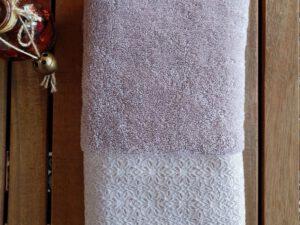 מגבת דגם שייני צבע בז'