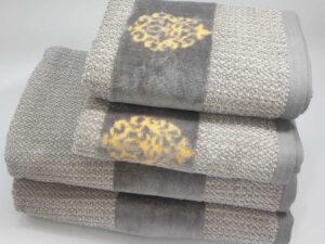 מגבת דגם מדליה אפור