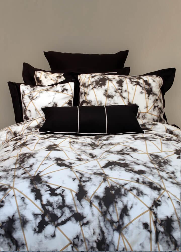 מצעים לחדר שינה דגם שיש שחור