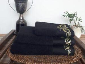 מגבת דגם מלכות