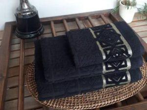 מגבת דגם סבונה שחור